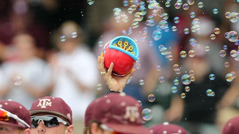 generic-baseball-hero-bubbles.jpg